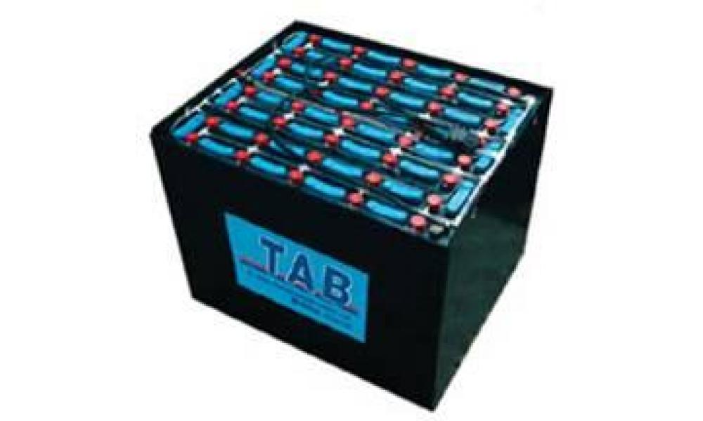Тяговые батареи, аккумуляторы (АКБ) на электропогрузчики, штабелеры, ричтраки.  Зарядные устройства.